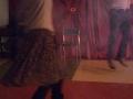 4. Urodziny Suwalskiego Klubu Seniora animatorzy Kasia i Krzysiek tańczą, 21.02.2020 r., fot. Zofia Jakubowska